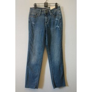 NWT Universal Threads High Rise Crop Raw Jeans